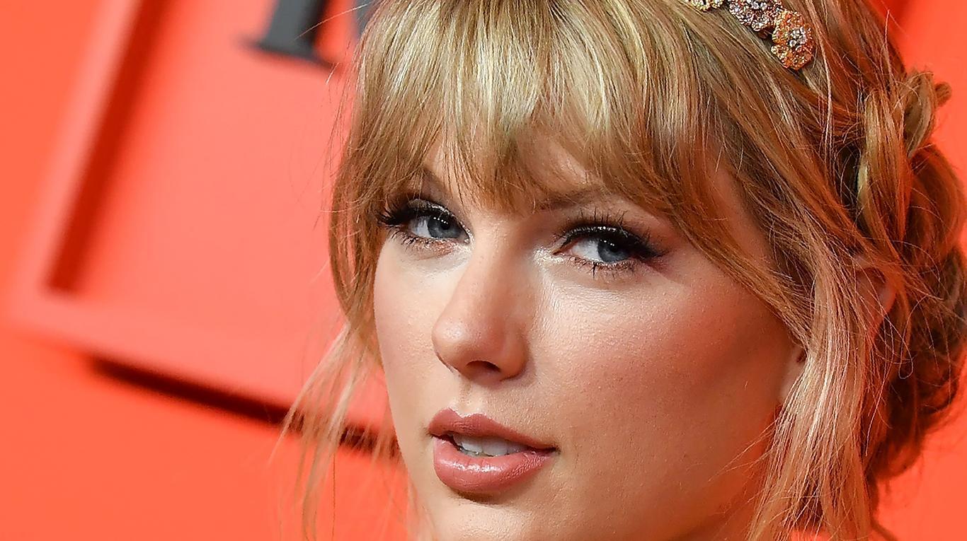 Taylor Swift bate un nuevo récord con su disco