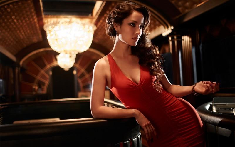 ¿Por qué el rojo nos hace sentir más sexies?