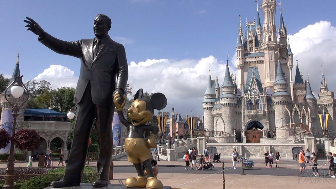 """Una empresa de turismo busca  """"probador de parques"""" de Disney"""