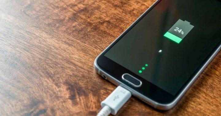 La carga del celular condiciona tu estado de ánimo, según estudio