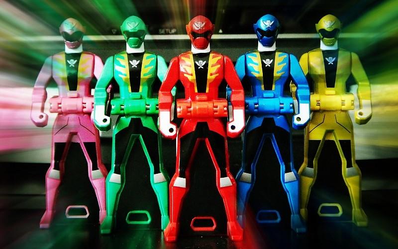 La Power Ranger Amarilla es homosexual