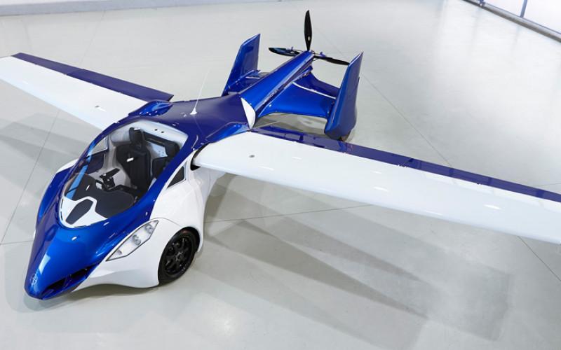 El primer auto volador ya está a la venta