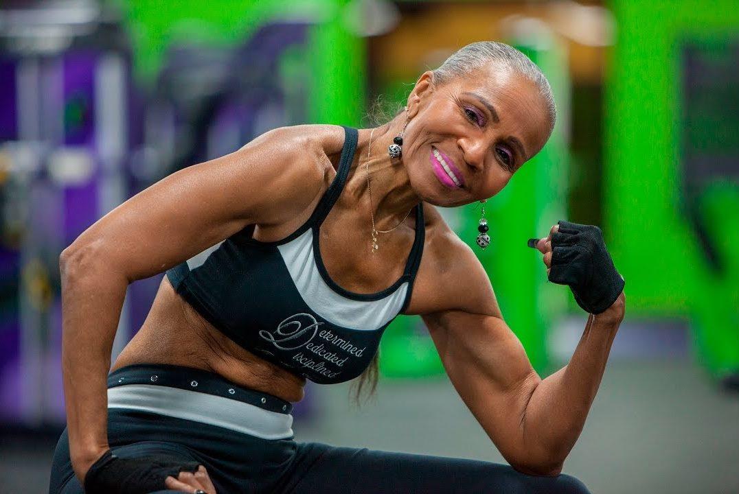 La suegra de Will Smith se volvió viral por su físico fitness