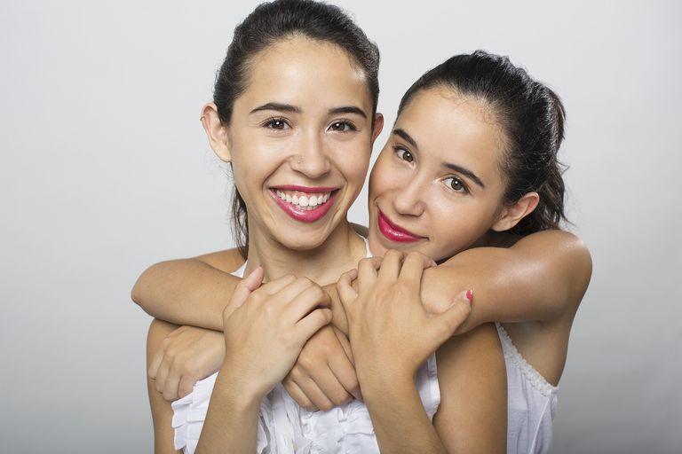 Tener una hermana 'habladora' evita la depresión